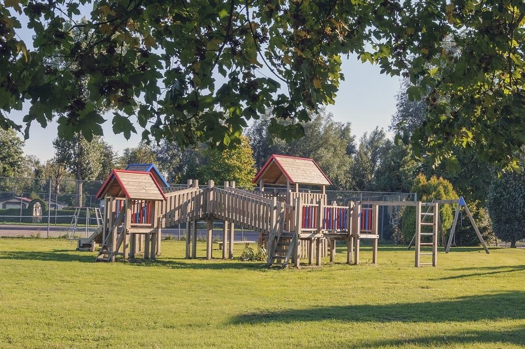 12-persoons Bungalow Comfort op park aan de Ijssel