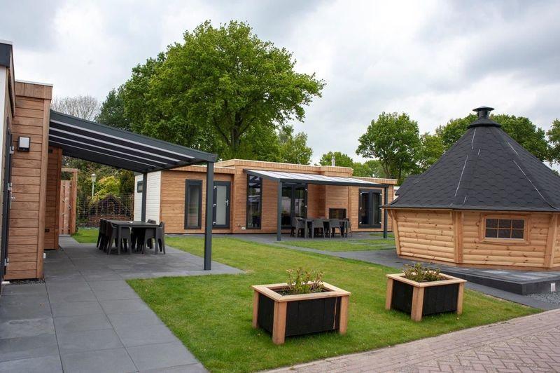 Luxe 18-persoons arrangement Villawijk op park in Voorthuizen