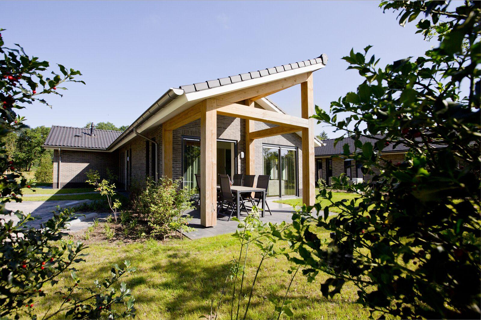 Luxe geschakelde 6 persoons villa op de Veluwe Voorthuizen